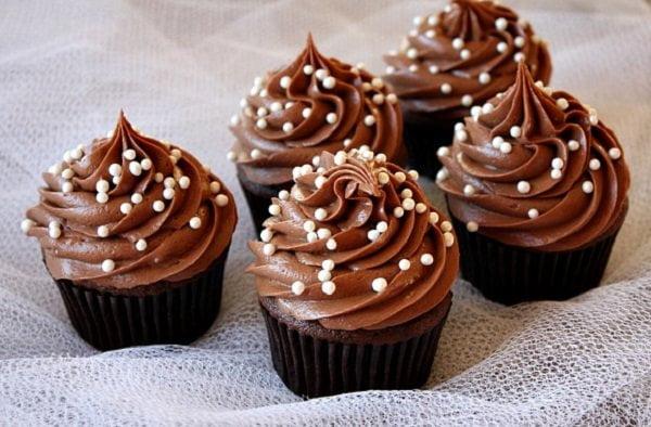 طريقة كب كيك شوكولاته سهلة