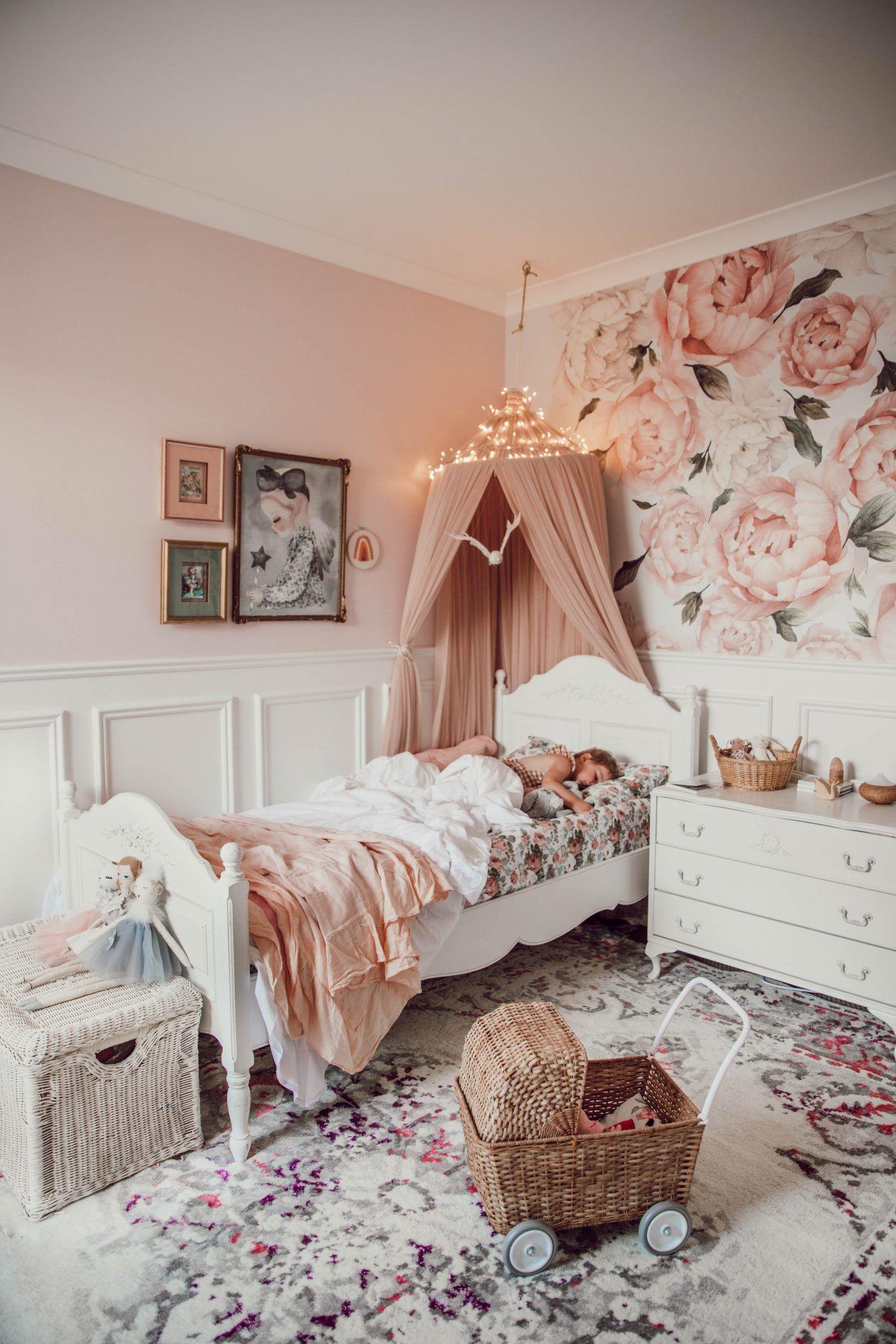 غرف نوم للبنات from emypost.com